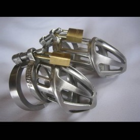 Chastity belt in 100% stainless steel from the famous manufacture Bon4. This is one of the best build chatity devices.